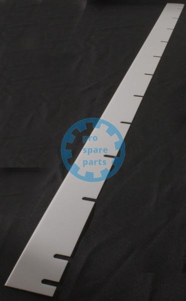 Blade 1101 x 55 x 1 mm plastic white